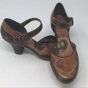 KENZIE Kayna brown leather floral Mary Jane Heels